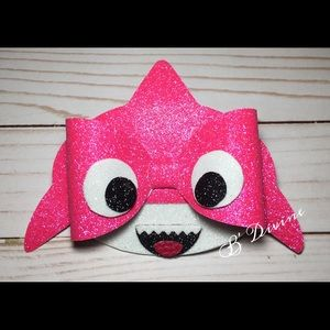 Pink Glitter Baby Shark Hair Bow